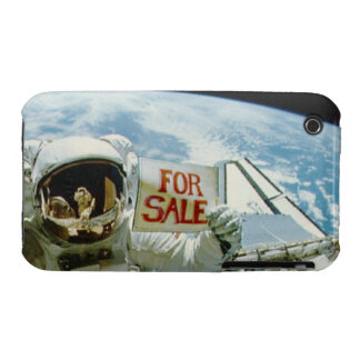 Astronaut Sells Earth iPhone 3 Cases