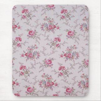 Beautiful soft vintage roses and leaves mouse pad
