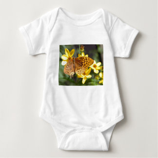 Butterfly on Yellow Flower Photo Tshirts