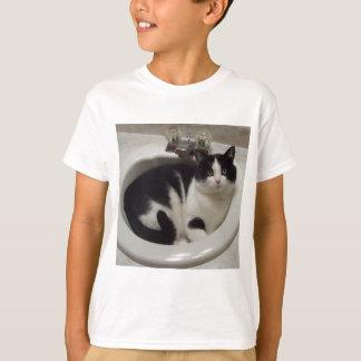 Cat lovers delight t-shirt