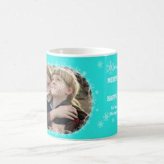 Christmas greetings on Mint background with snow Basic White Mug