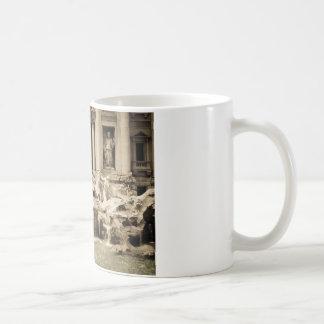 Classic Trevi Fountain, Rome Basic White Mug