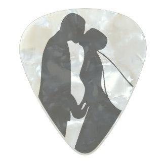 Couple Kiss - Wedding Pearl Celluloid Guitar Pick
