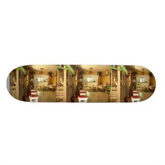 Dusstilldaan custom designed skateboard