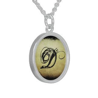 Elegant Initial Necklace (2) 'D'