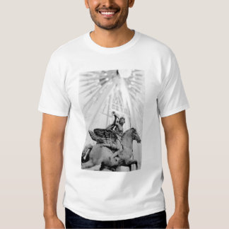 Europe, France, Paris. Statue and Ferris Wheel, 2 T Shirt