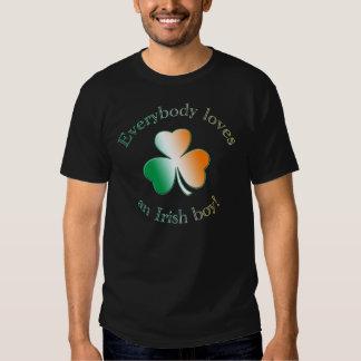 Everybody loves an Irish boy! Tshirt