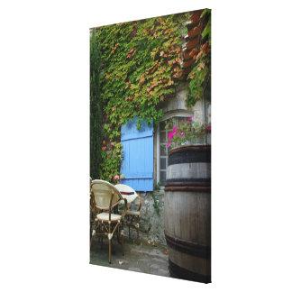 France, Les Baux de Provence, café patio Canvas Prints