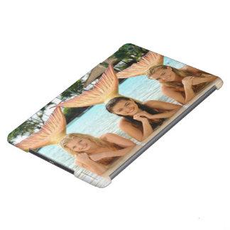 Group On The Beach iPad Air Cover