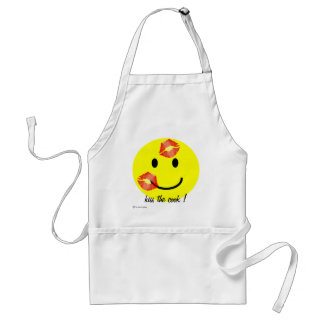 'kiss the cook' SMILEY FACE CHRISTMAS APRON