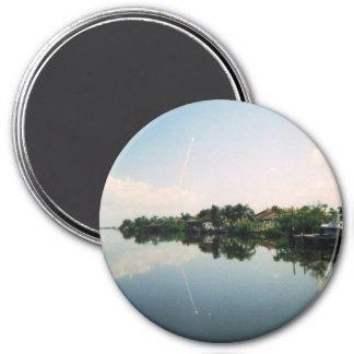 Launch Mirror Magnet
