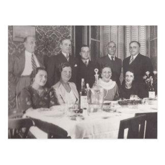 Meeting friends for dinner - Paris, 1930s Postcard