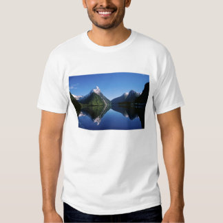 New Zealand, Mitre Peak, Milford Sound, Tee Shirt