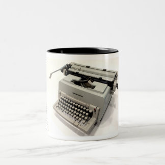 Olivetti Linea 98 typewriter Two-Tone Mug