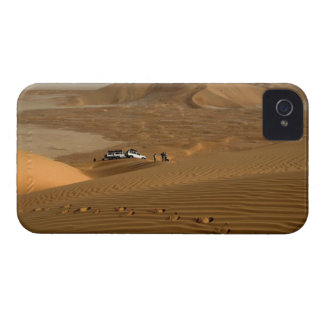 Oman, Rub Al Khali desert, driving on the dunes Case-Mate iPhone 4 Cases