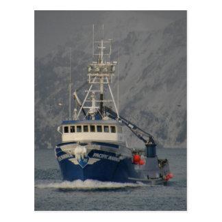 Pacific Mariner with Freezing Spray, Unalaska Isla Postcard