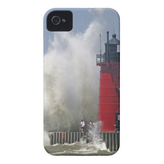 People on jetty watch large breaking waves in Case-Mate iPhone 4 cases