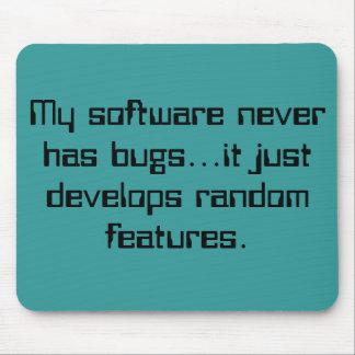 Random Features Mousepad