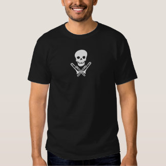 skull and trombones~white t shirt