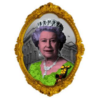 ➢ Framed Portrait of Queen Elizabeth II