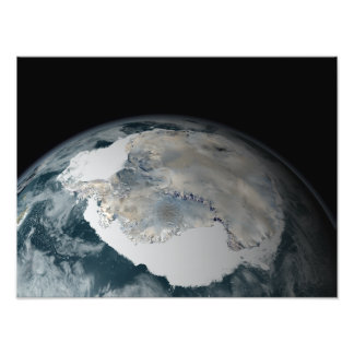 The frozen continent of Antarctica Photo