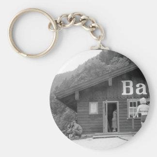 Verboten! Men 101st Airborne Div_War Image Basic Round Button Key Ring